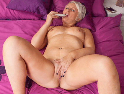 Granny Phone Sex Online UK